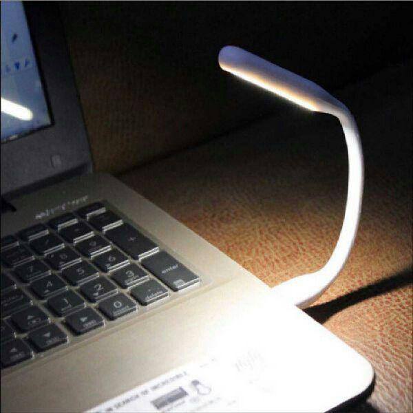 LED USBライト - USBポートに差し込むだけで気軽に使えるコンパクトなUSBライトです。