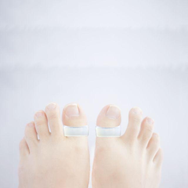 ダイエットリング - 足指に装着して筋肉の緊張をほぐし、体の巡りをサポートするダイエットリングです