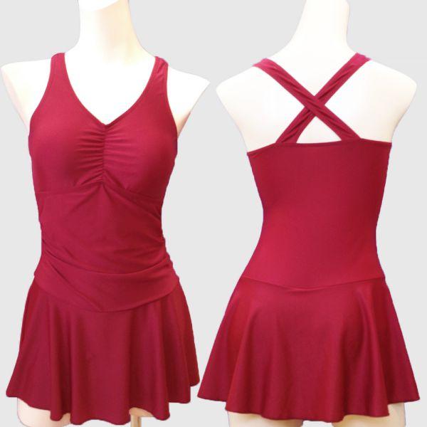 ワンピース水着 - 体型カバーもできる洋服みたいなスタイルのシンプルデザイン水着です。